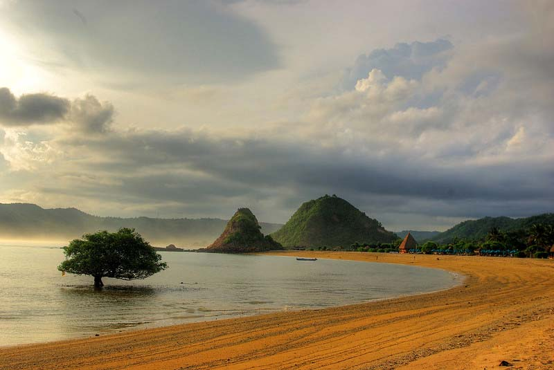 Kawasan Kuta Mandalika Lombok