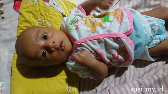 bayi usia selapan hari