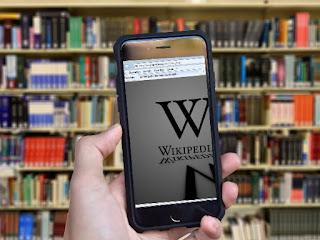 विकिपीडिया का owner कोन है।
