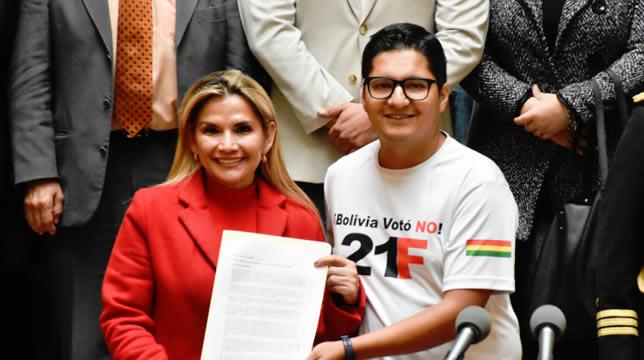 Presidenta Añez anuncia decreto para declarar el 21 de febrero como Día del Ciudadano