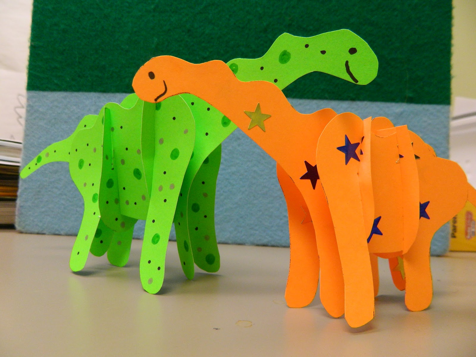 9 Wonderful Dinosaur Crafts And Activities For