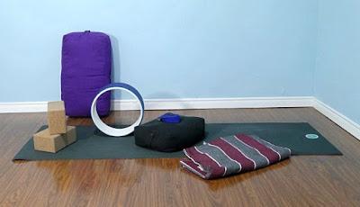 dụng cụ tập yoga tại nhà