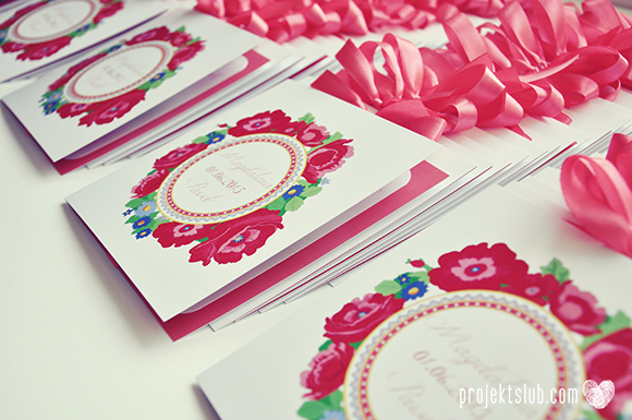 https://projektslub.com/zaproszenia-slubne-kwiatowe-love#/podhalove-kwiaty/