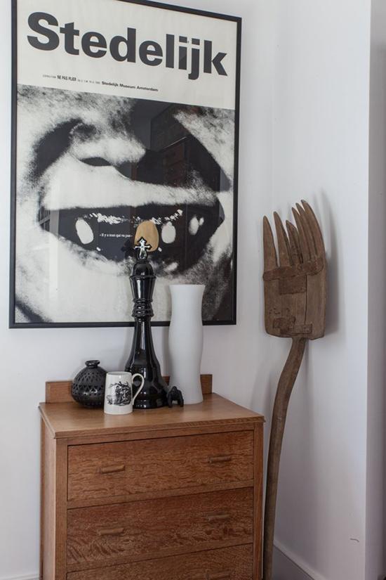 sala decorada, mural de quadros, sala ampla, comoda