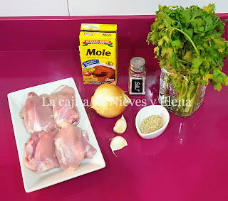 Ingredientes Pollo con mole