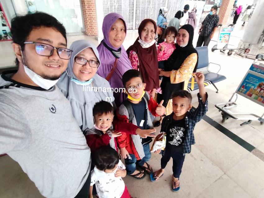 Parenting Blogger Medan: Drama Perjalanan Keluarga Kami Menuju Denpasar