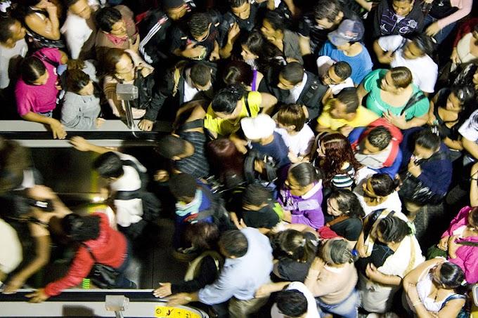 Mais de 860 mil pessoas passam pela Estação Brás da CPTM no último sábado antes do Natal