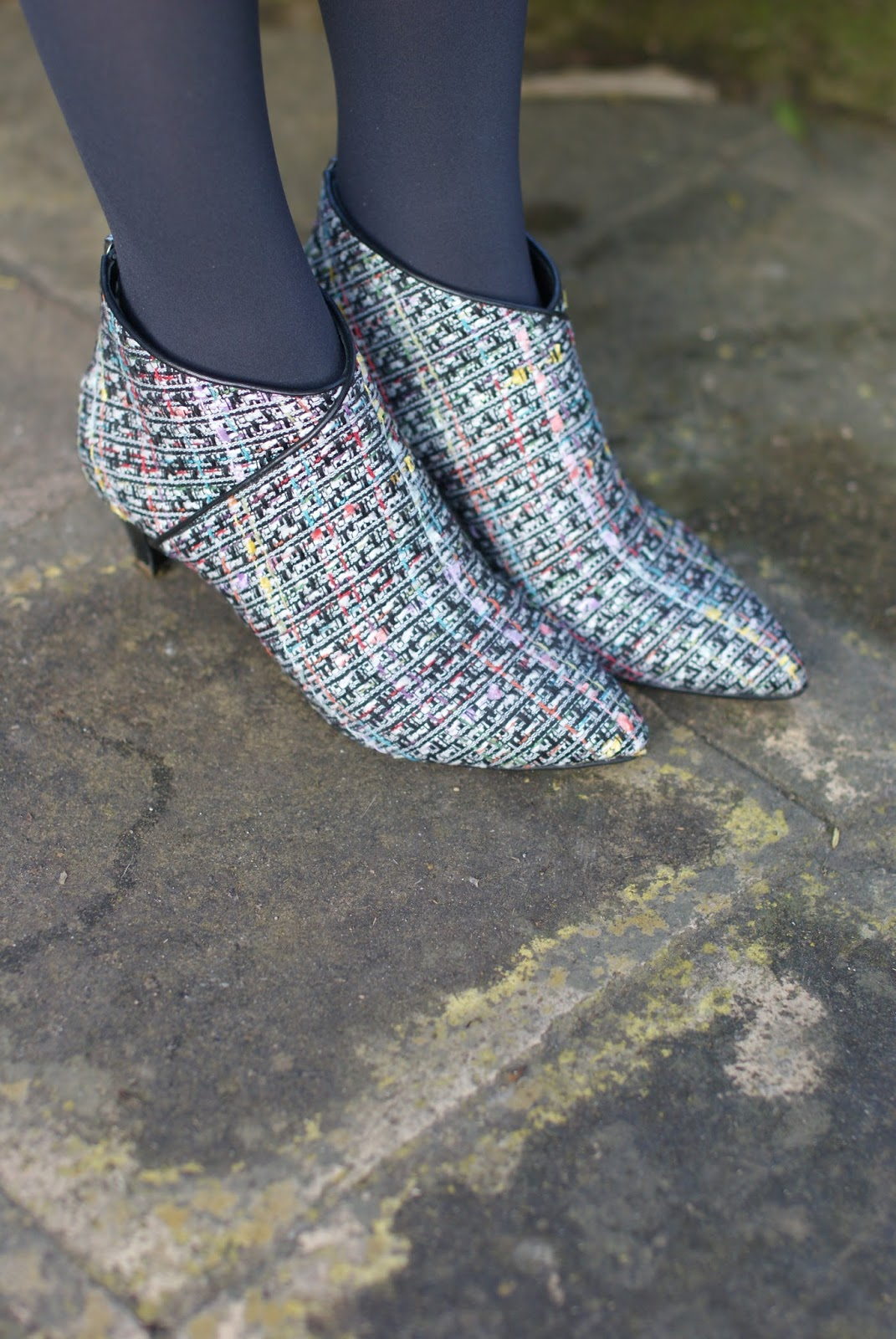 Icone made in Italy tweed ankle boot shoes on Fashion and Cookies fashion blog, fashion blogger style