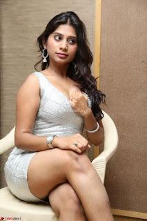 Mithuna Waliya Sizzling Actress Sizzling Pics ~ Exclusive 004