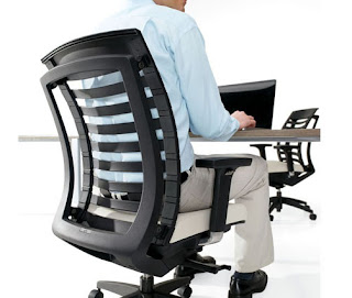 Ergonomic Task Chair That Automatically Responds To User Movements