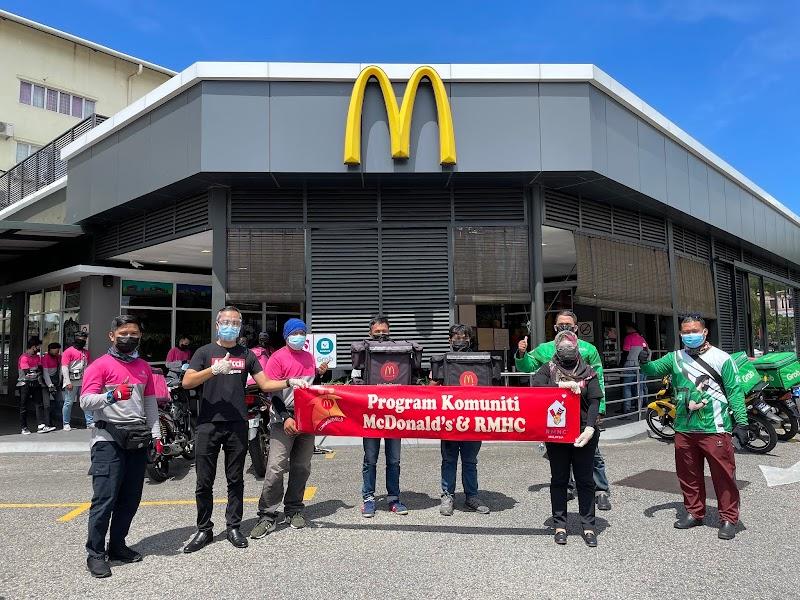 Kempen #LekLuMcDBelanja : McDonald's Hargai Penghantar Makanan Malaysia
