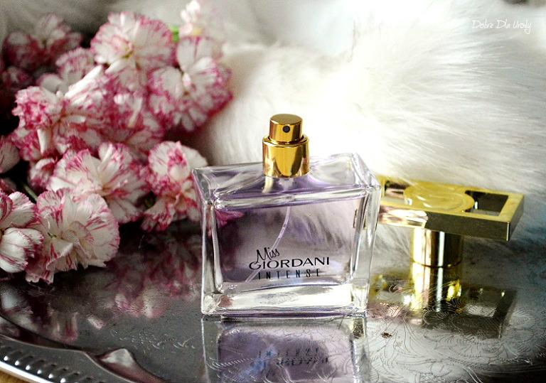 Oriflame Miss Giordani Intense woda perfumowana dla kobiet - świąteczne prezenty