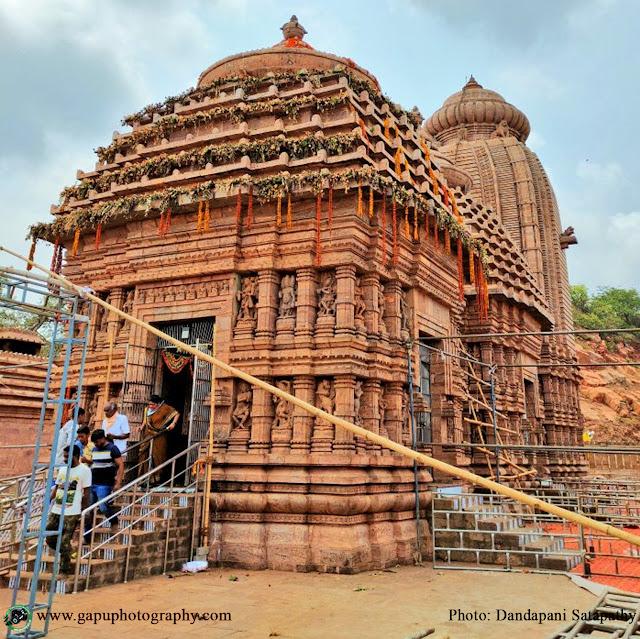 Frontside of Maa Taratarini Temple