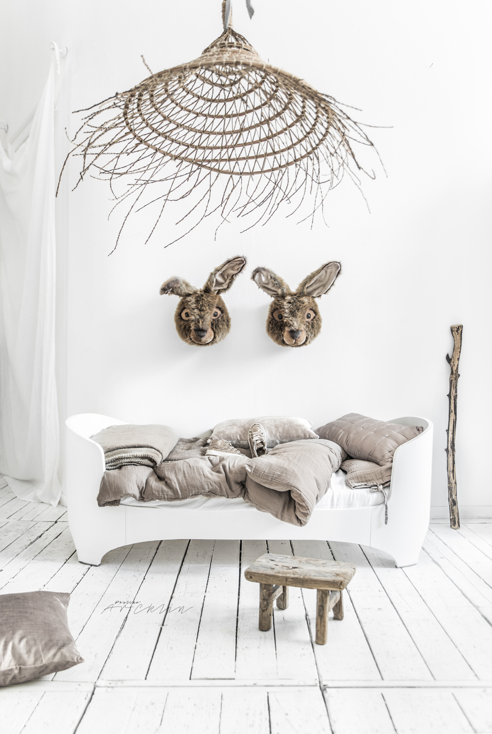 NATURAL THEME FOR KIDS ROOM