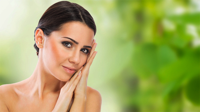 Top 10 natural methods for healthy skin