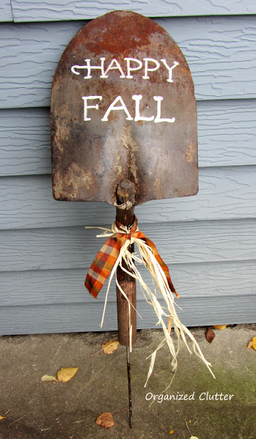 Fall Rusty Shovel Sign organizedclutter.net