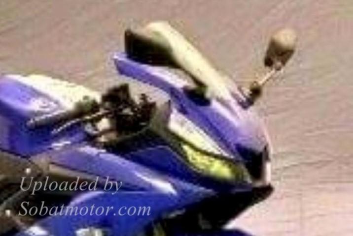 HOT : Penampakan utuh dari New Yamaha YZF R15 V3 berwarna biru !