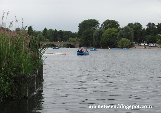Лондон - Гайд-Парк, прогулочные лодки