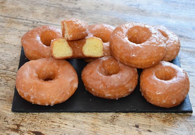 Donuts caseros de azúcar