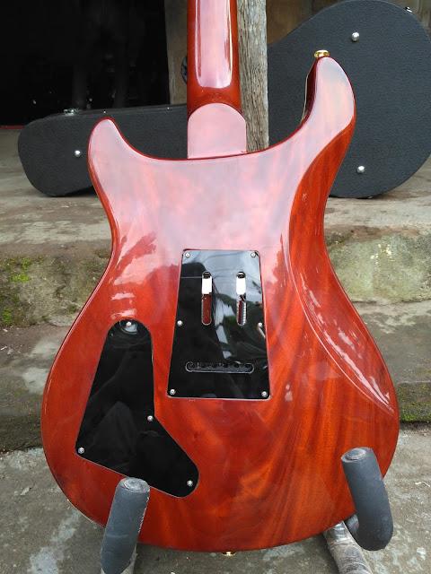 gitar elegant