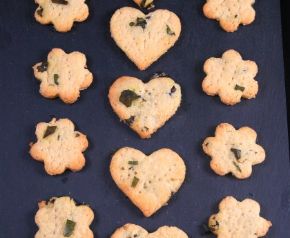 Shortbread with olive oil, basil