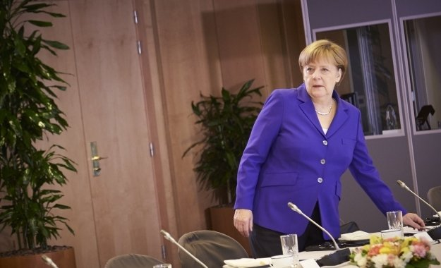 Μέρκελ: Η Ελλάδα παράδειγμα του σωστού μίγματος της γερμανικής πολιτικής