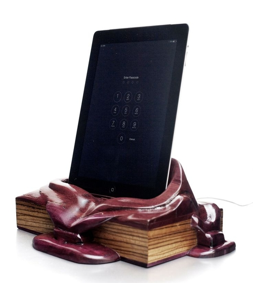 09-Tablet-Stand-Alan-Gwizdowski-Surreal-Salvador-Dali-Wood-Furnishings-www-designstack-co