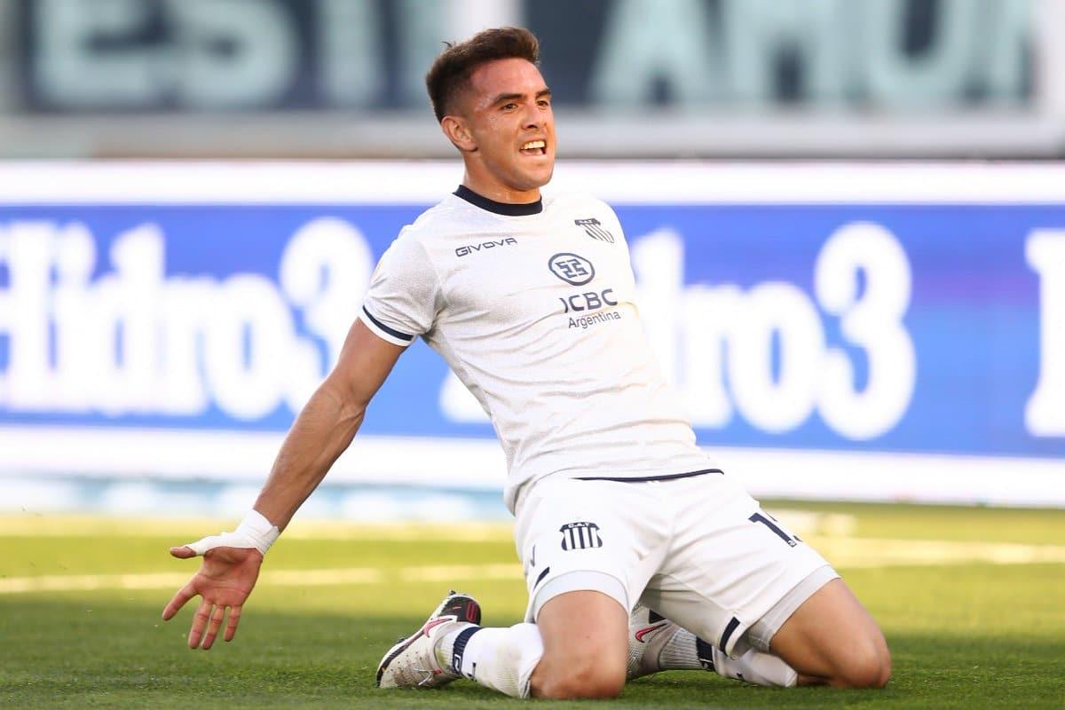 Talleres de Córdoba consiguió esta noche su segunda victoria consecutiva al vencer 2 a 0 como local a San Lorenzo, que lleva dos caídas en fila, en uno de los encuentros que cierran la sexta fecha del torneo de la Liga Profesional de Fútbol (LPF).