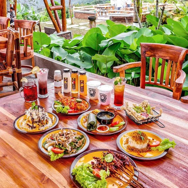 Menu di Gaya Rimba Resto Alam Bogor