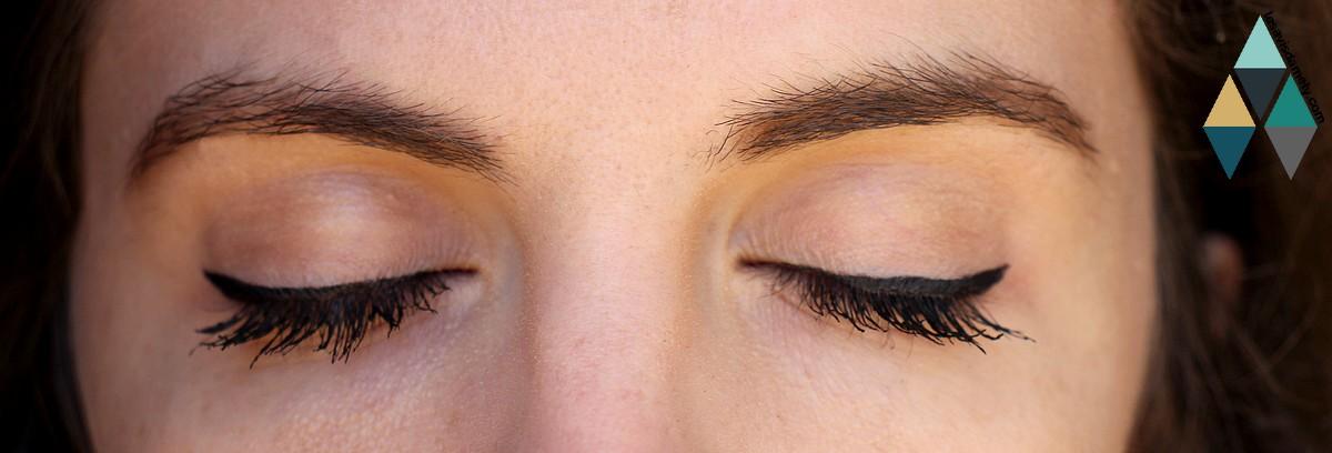 avis et swatches eye liner matte signature l'oréal paris pinceau liquide