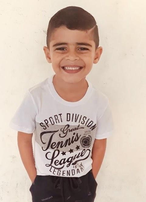Todos os vivas para Luís Caio que festeja aniversário hoje recebendo os voto de felicidades de sua mãe Andreza Câmara