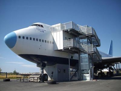 فندق علي شكل طائرة جامبو