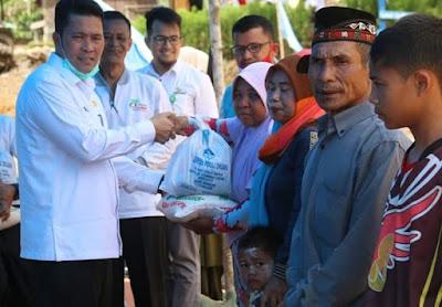 LPD salurkan sembako untuk masyarakat KAT, dalam Program Paket sembako Peduli Komunitas Adat terpencil di Tengah pandemi Covid19