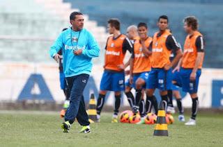 Grêmio se reapresenta nesta sexta-feira e fará um jogo-treino na  intertemporada Equipe de Vanderlei Luxemburgo fará trabalhos intensos em  dois turnos nos ... 272e212d474f4