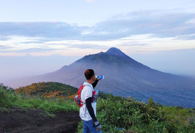 10 Tips Perlengkapan Pendakian Gunung Tektok Yang Wajib Kamu Siapkan