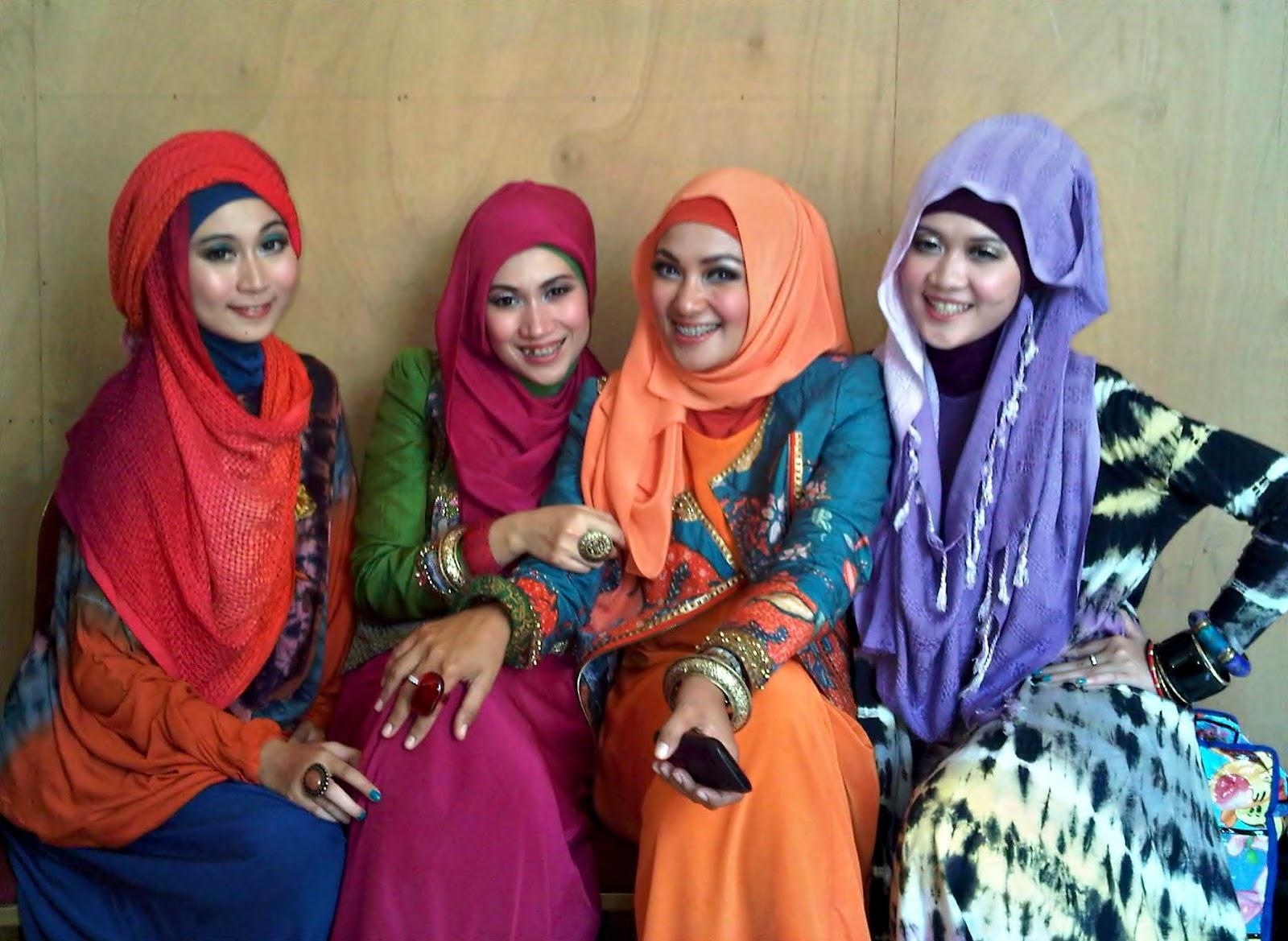 Tips Berkerudung Sesuai Bentuk Wajah Tutorial Hijab