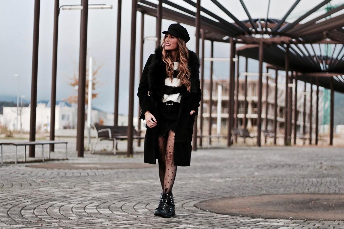 abrigo negro con pelo