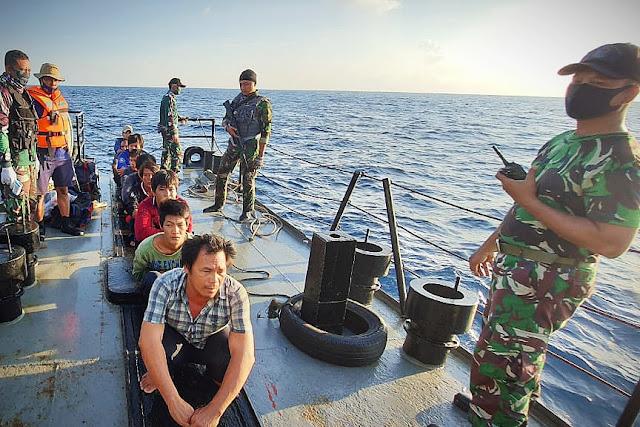 Mencuri Ikan di Laut Indonesia, TNI AL Tangkap Kapal Berbendera Vietnam