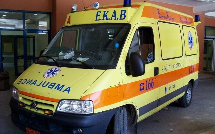 Τροχαίο ατύχημα στη Λάρισα με έναν τραυματία