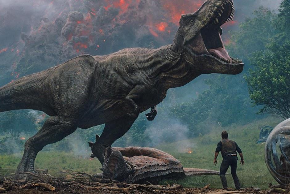"""Pré-venda de """"Jurassic World: Reino Ameaçado"""" começa nesta quinta (17/5); confira novo vídeo dos bastidores"""