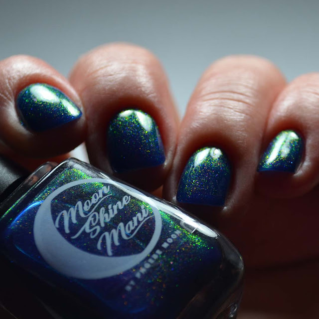 indigo shimmer holographic low light swatch different angle