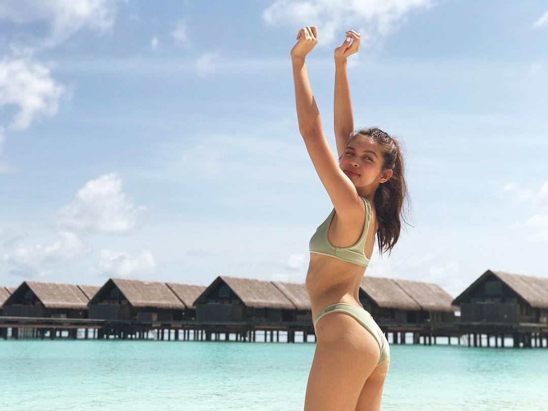maine mendoza sexy bikini pics 02