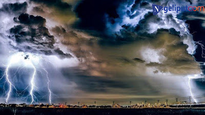 BMKG Peringatan Dini Cuaca Ekstrem Sabtu, 22 Agustus 2020: 10 Wilayah Ini Hujan Lebat hingga Petir
