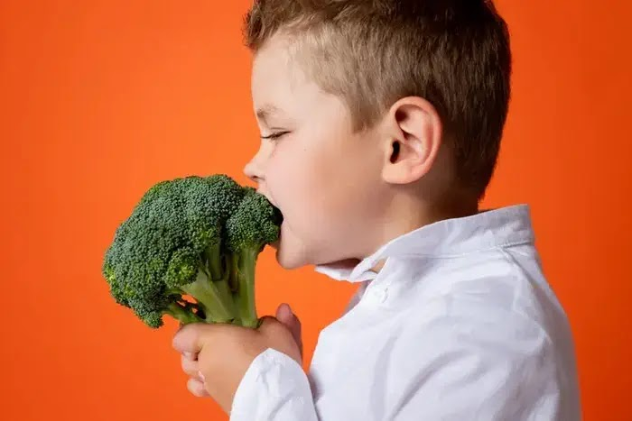 brokoli adalah makanan yang mengandung banyak zat besi