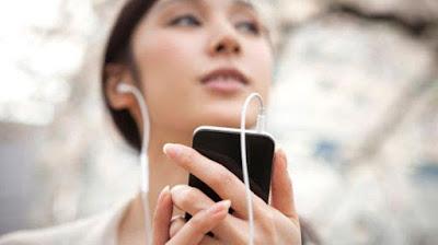 5-Tips-Menggunakan-Earphone-untuk-Menjaga-Kesehatan-Telinga
