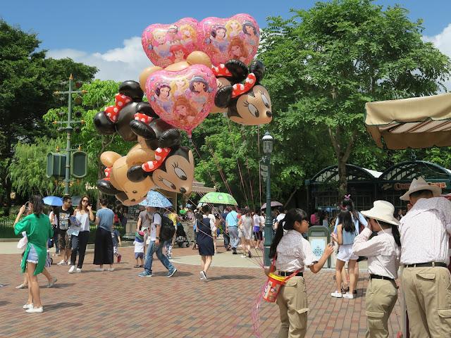 hong kong disneyland, balloons