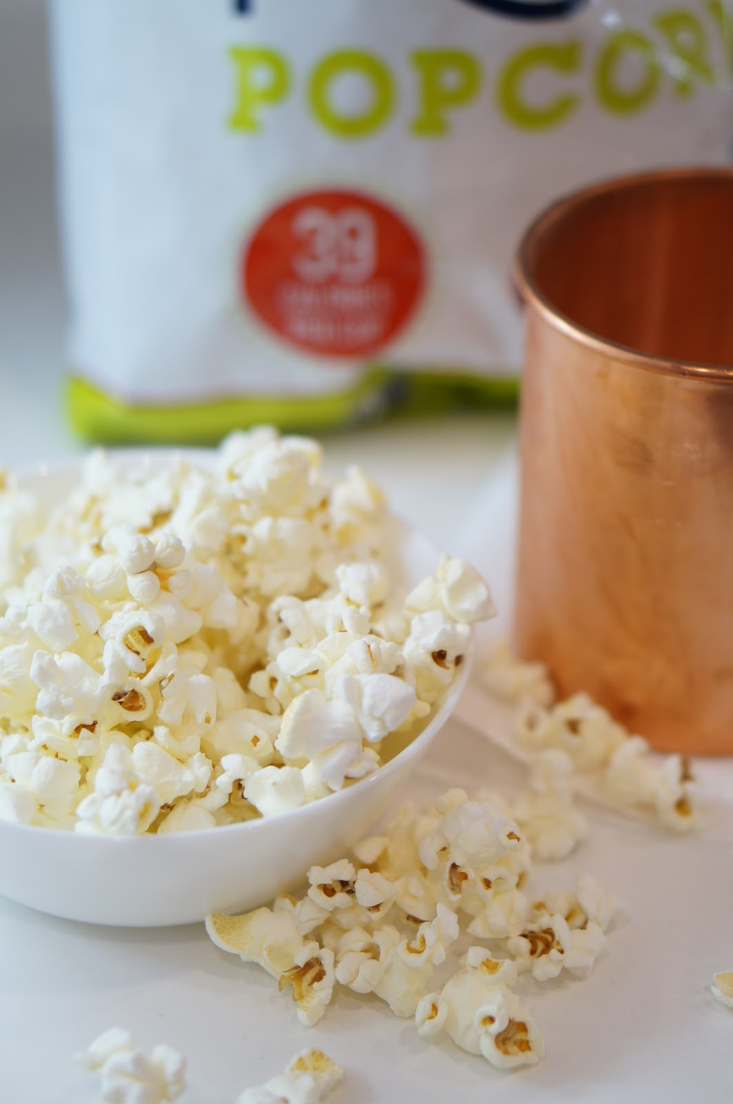 SNACKS | MOSCOW MULE COCKTAIL & SKINNYPOP POPCORN by North Carolina lifestyle blogger Rebecca Lately