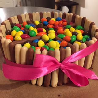 Caroline Makes MM chocolate birthday cake