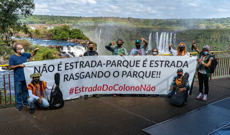 A revista britânica Nature, uma das publicações mais respeitadas do mundo, publicou no último dia 17 de agosto, um artigo sobre os impactos da abertura da Estrada do Colono, localizada dentro do Parque Nacional do Iguaçu, no Paraná.