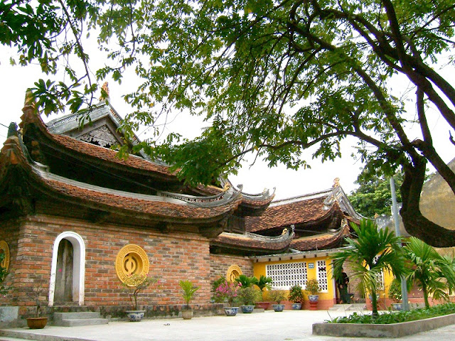 Top 5 places to visit in Hanoi during Tet holiday 3